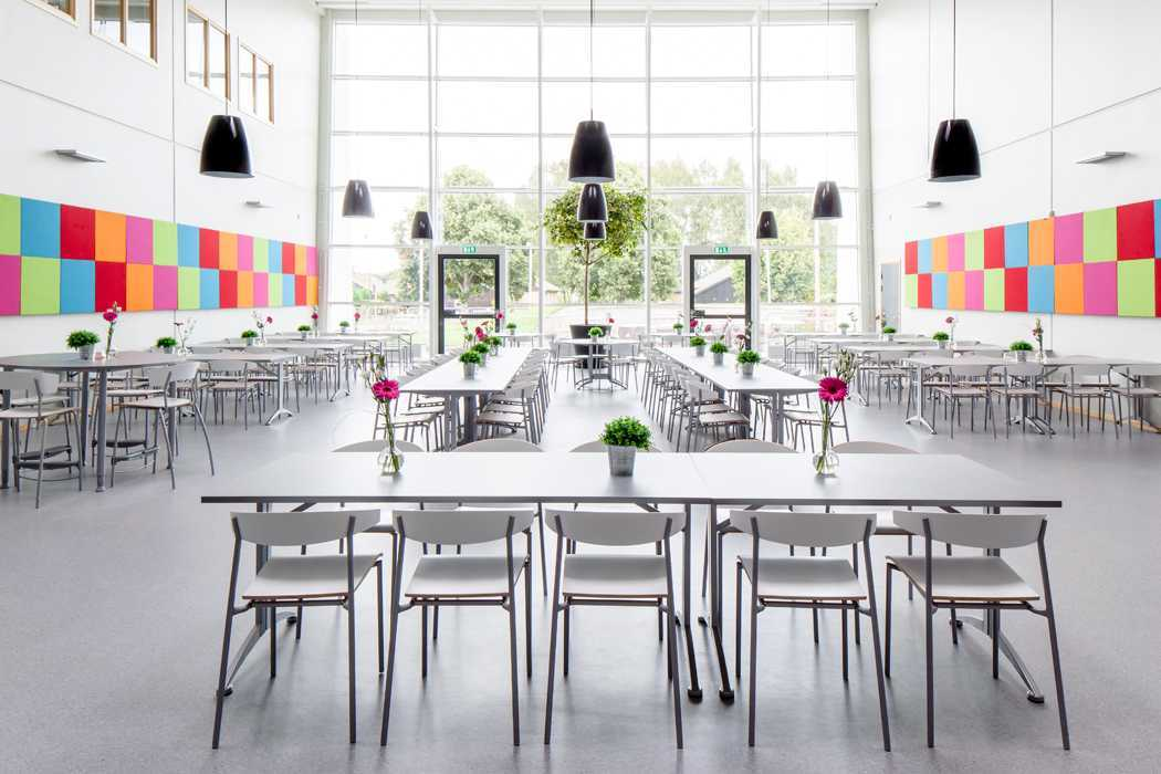 Contoh desain interior kantin (Sumber: pinterest.com)