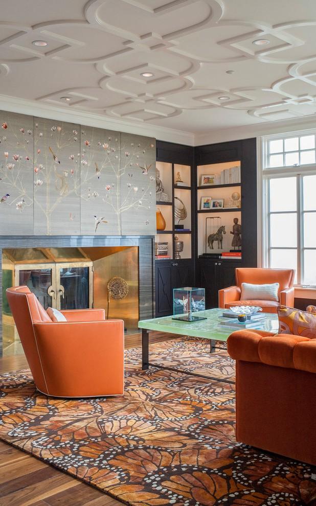 Ruang tamu bergaya Asia yang kekinian mengombinasikan gaya minimalis dan tradisional. Setiap elemen yang diikutsertakan dalam desain, mulai dari dinding mural, lantai kayu, plafon dengan ukiran, bentuk sofa yang unik dan nyaman, hingga karya seni yang terpajang di rak sudut, memberikan energi yang seimbang dan kenyamanan yang sempurna.