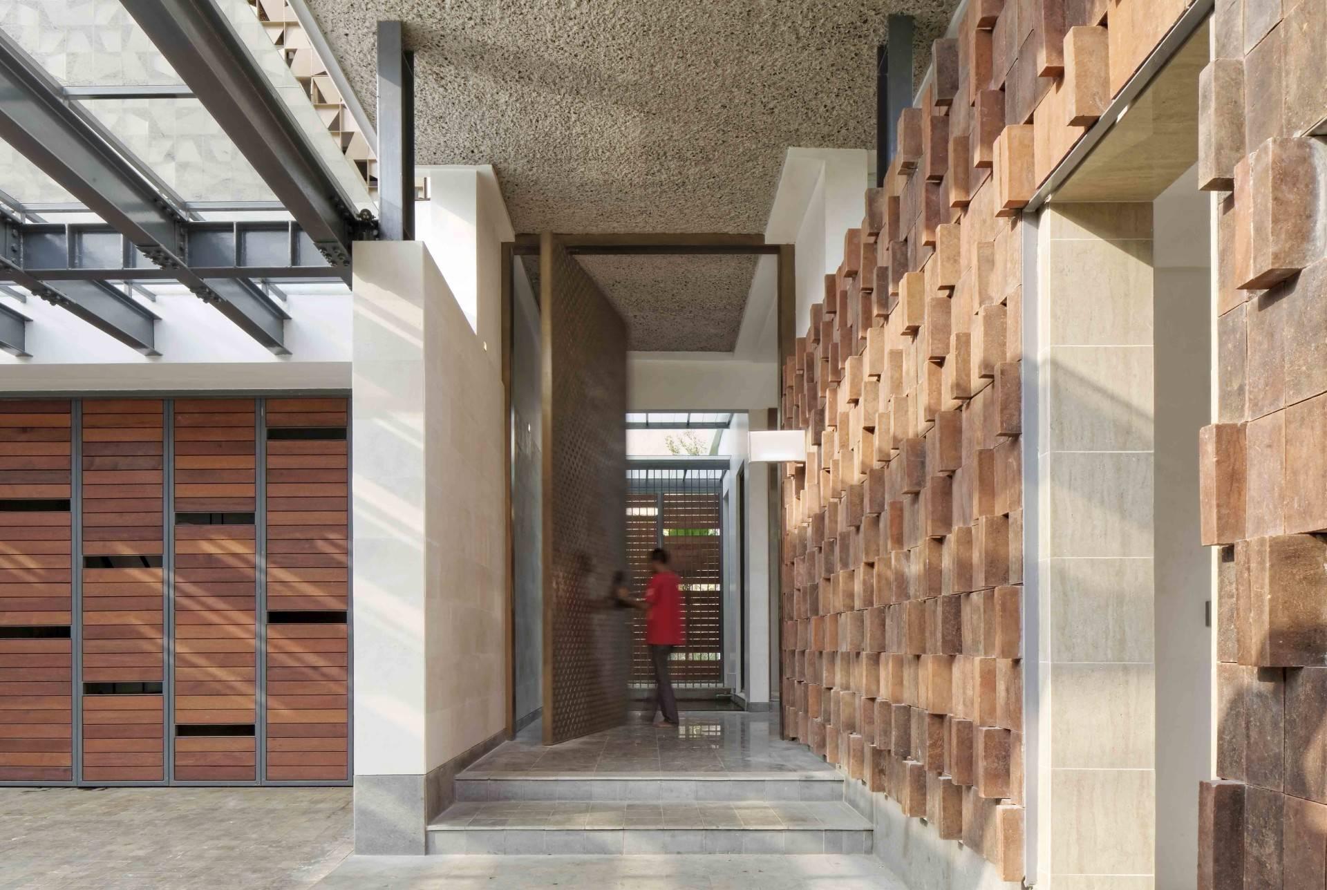 8 Desain Pintu Masuk Rumah Keren Untuk Kesan Pertama Yang Tak Terlupakan | Foto artikel Arsitag