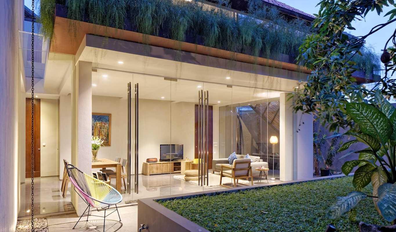 Deeroemah Arsitektur Rumah Tropis Modern Yang Mungil Nan