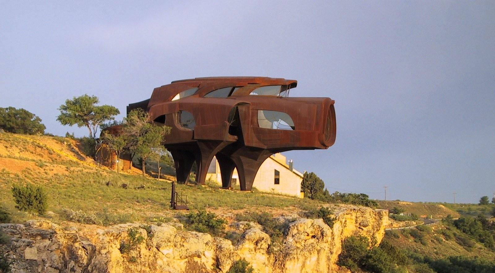 Semangat 'Baja' dalam Arsitektur | Foto artikel Arsitag