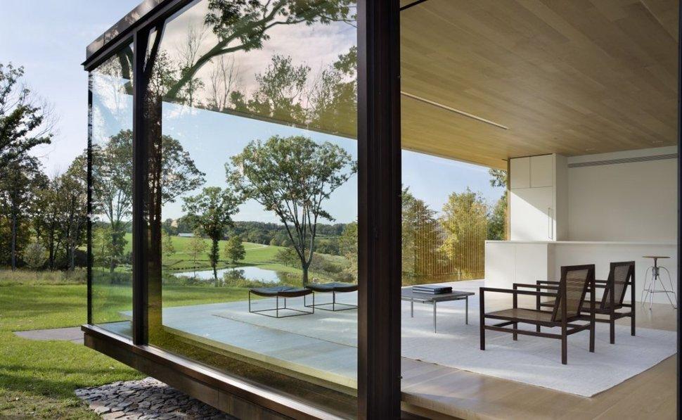 Rumah liburan berdinding kaca