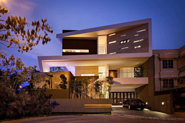 F+W House