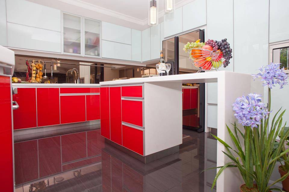 Modern Minimalist Kitchen Red and White