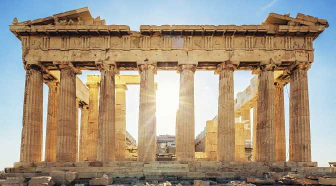 Reruntuhan Kuil Parthenon (Sumber: threes.com)