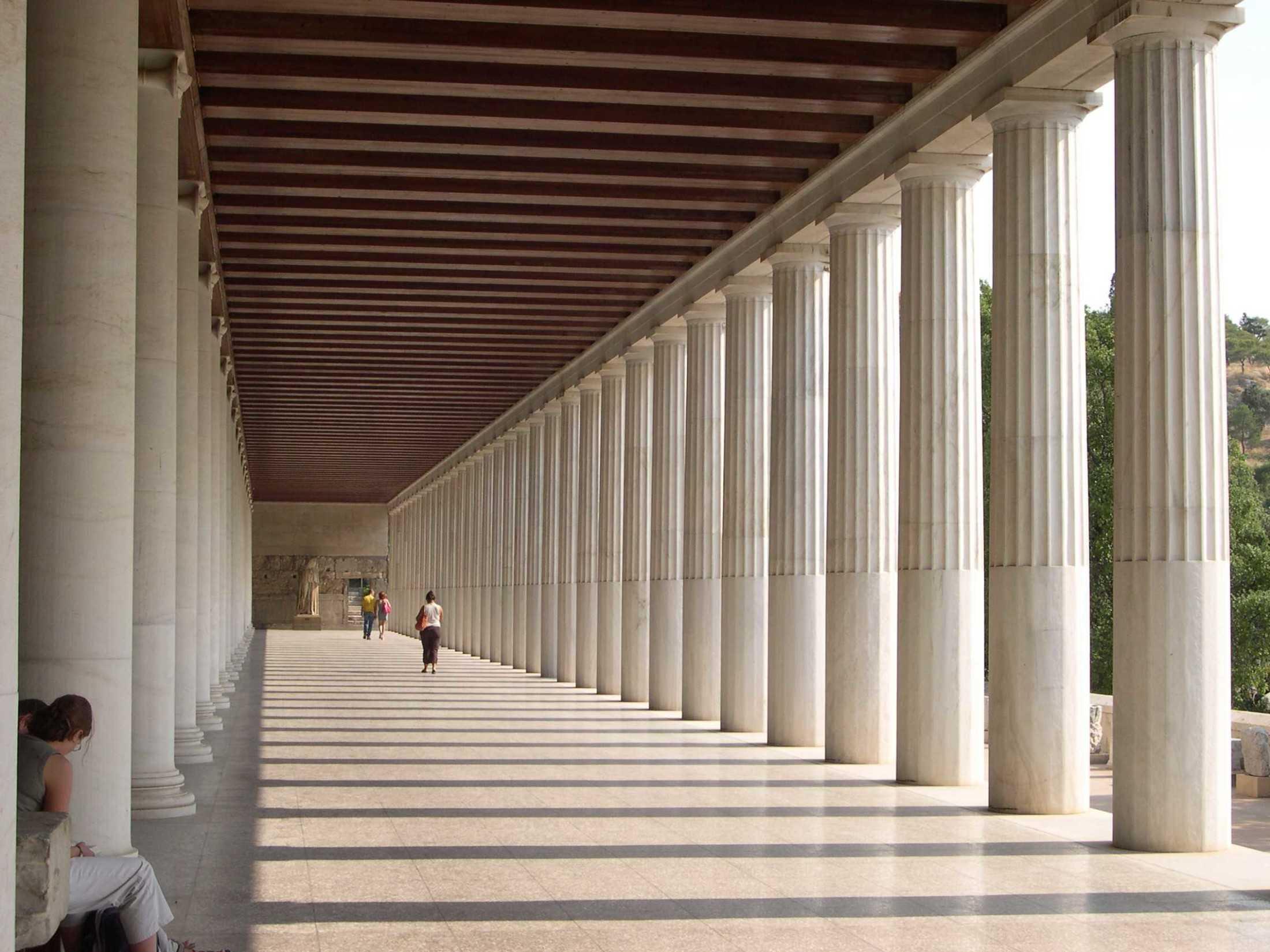 Stoa of Attalos di di Athena (Sumber: aretestock.deviantart.com)