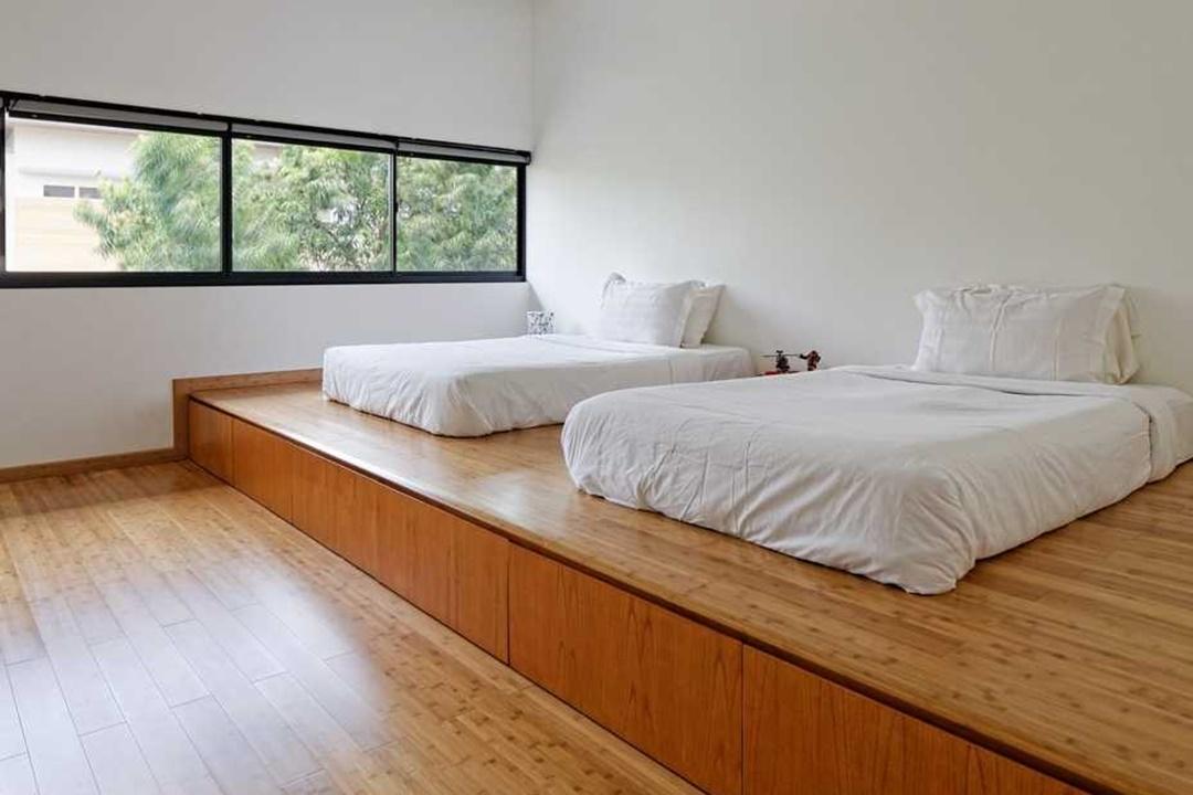 Desain interior kamar tidur RS House di Tangerang karya AXIALSTUDIO (Sumber: arsitag.com)