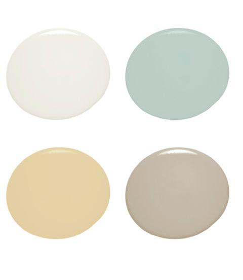 Anda bisa saja mengecat ruangan dengan warna cokelat gelap untuk mendapatkan kesancozy. Akan tetapi, penggunaan warna-warna pastel di sebagian besar dalam rumah dandekorasi dinding ruang tamu, misalnya akan membuat Anda merasa lebih nyaman. Warna-warna di atas bisa menjadi referensi.