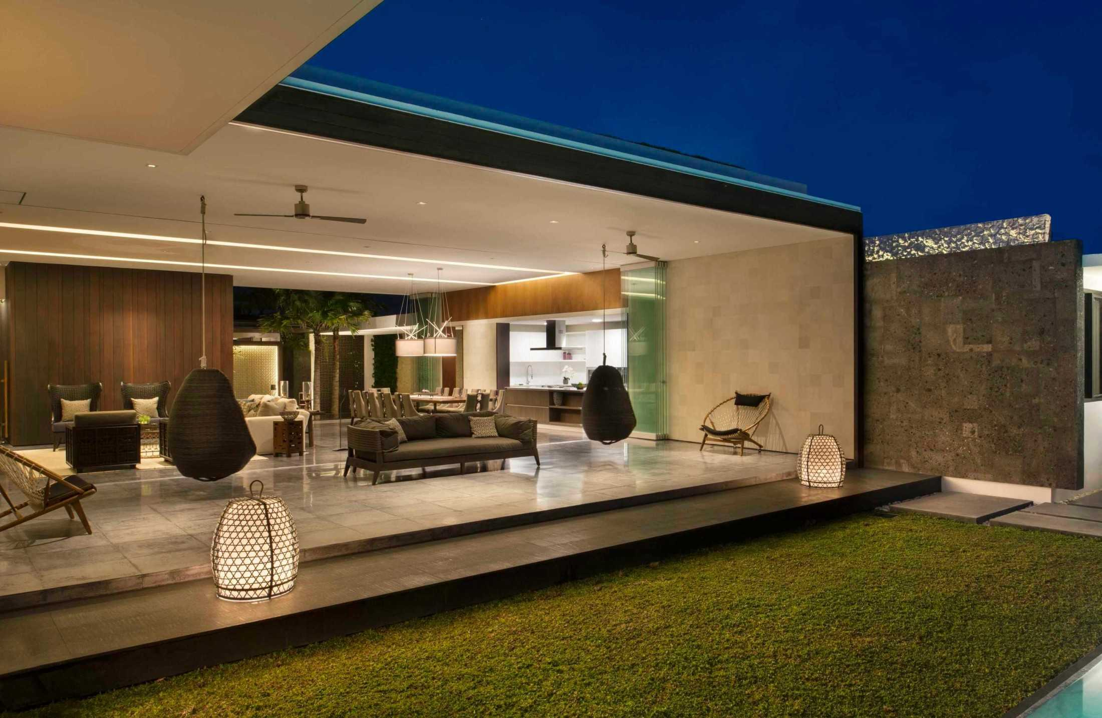 Arsitektur Villa Tropis Kontemporer Karya Parametr yang Menampilkan Surga Pulau Dewata | Foto artikel Arsitag