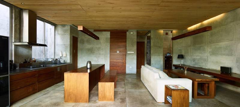 Bare Minimalist by RAW Architecture (sumber arsitag.com)