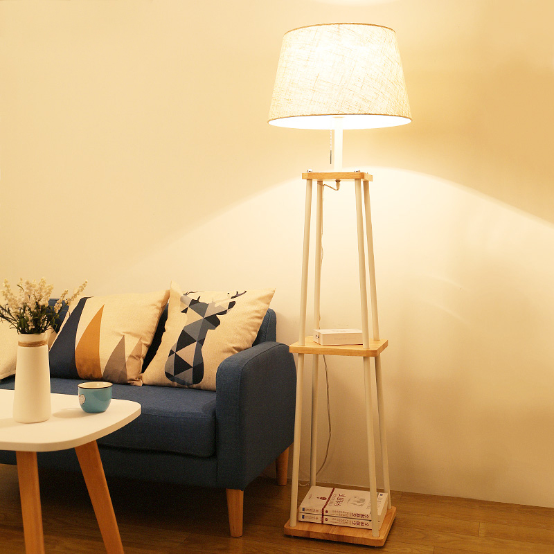 Standing Lamp dengan Rak