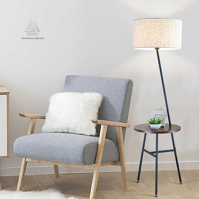 Standing Lamp dengan Meja Kecil