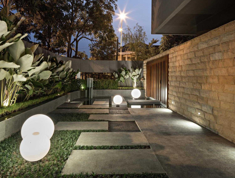 Taman minimalis rumah minimalis