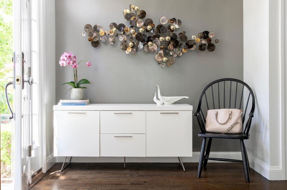 Desain Meja Foyer Keren untuk Menyambut Tamu Rumah Anda | Foto artikel Arsitag