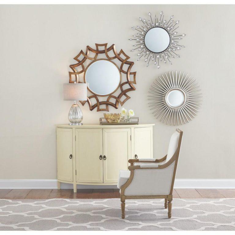 Cermin dengan bentuk dan frame yang cantik untuk tujuan dekorasi (Sumber: patacana.com)