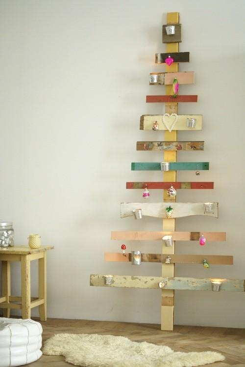 Pohon Natal dari Potongan Papan