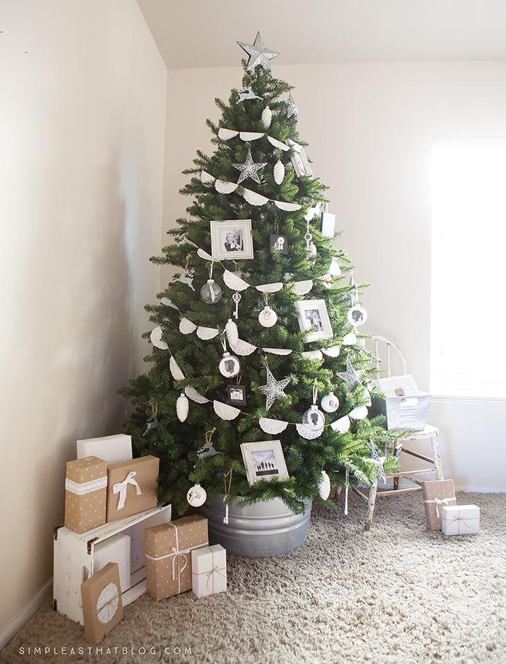 Pohon Natal Bergaya Klasik