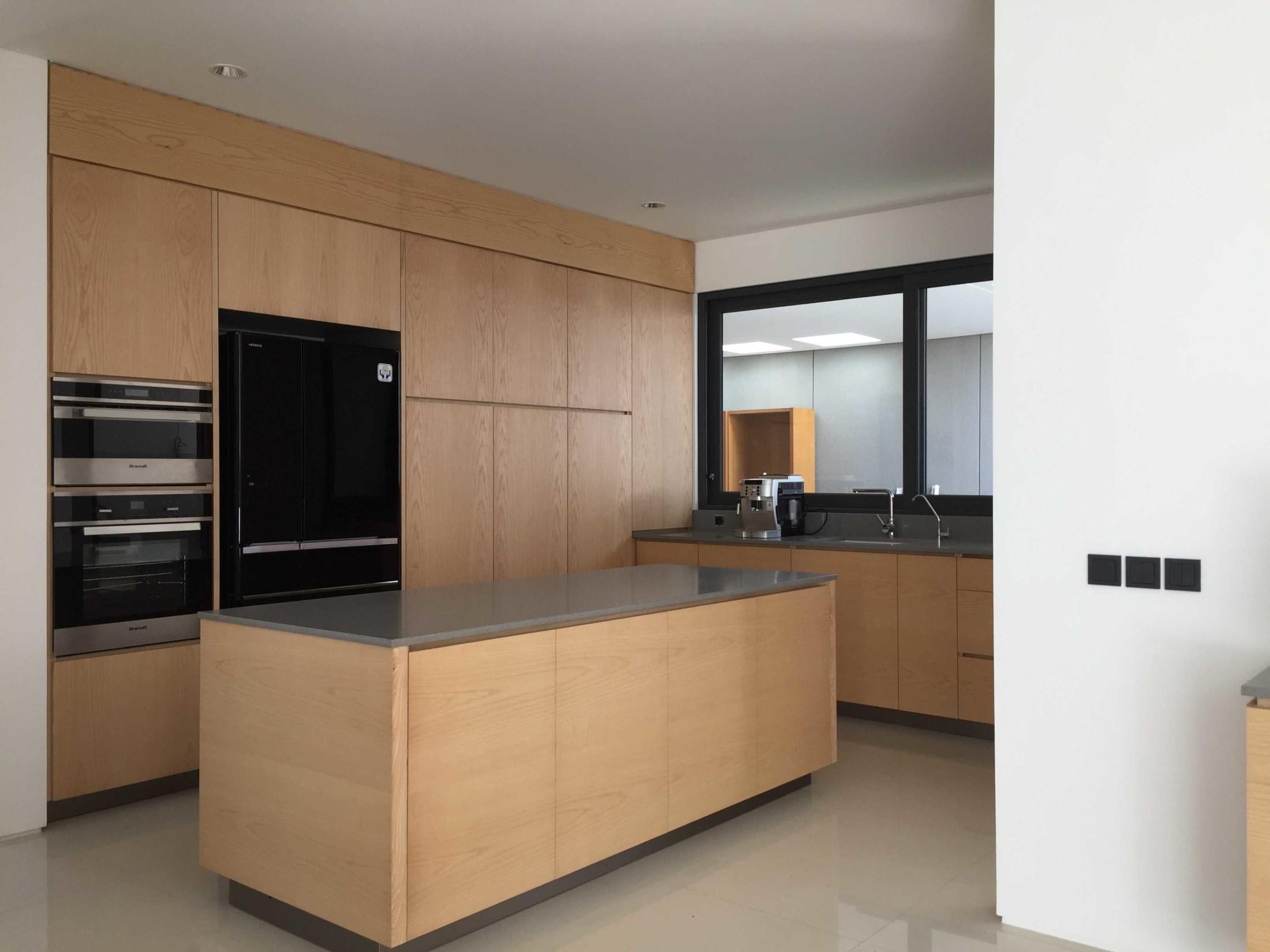 """Dapur minimalis """"clean look"""" dengan desain super simpel (Sumber: arsitag.com)"""