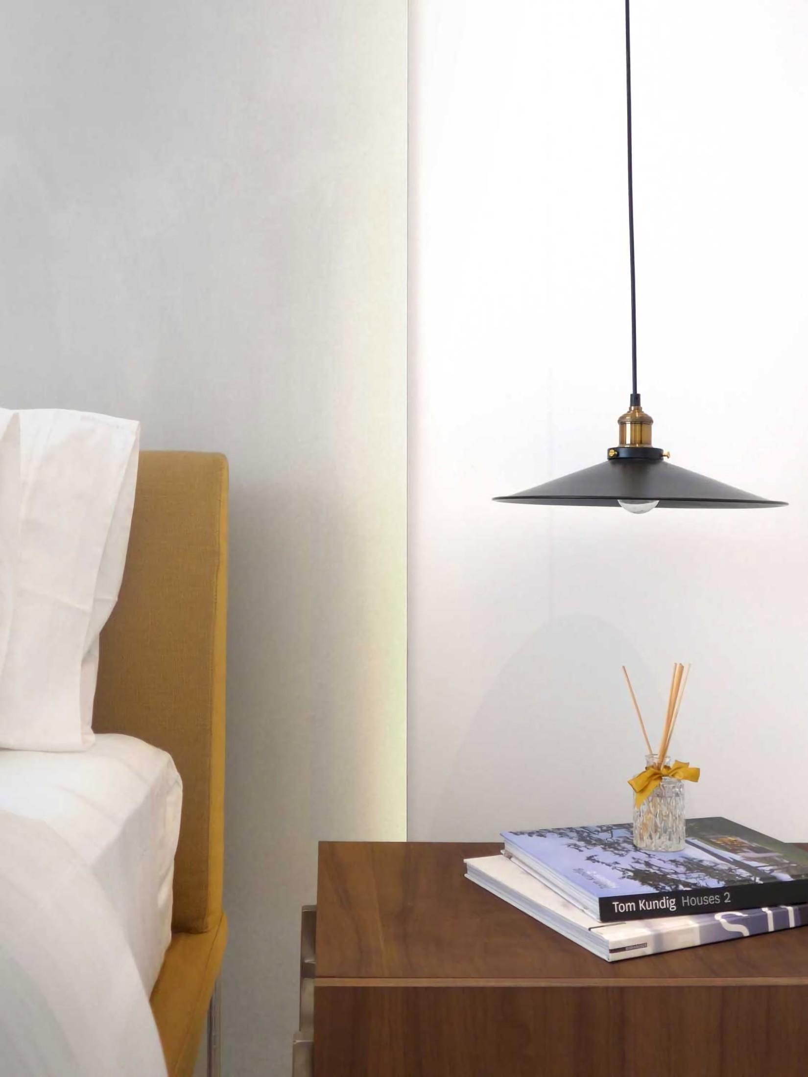 Desain yang baik bukan desain yang mementingkan estetika semata. Apalagi, sebuah desain interior minimalis harus memiliki tujuan desain yang jelas dan fungsional. Eksekusi desain yang super simpel dengan sejuta makna dan ide cerdik di baliknya, menjadikan sebuah desain interior minimalis yang elegan.