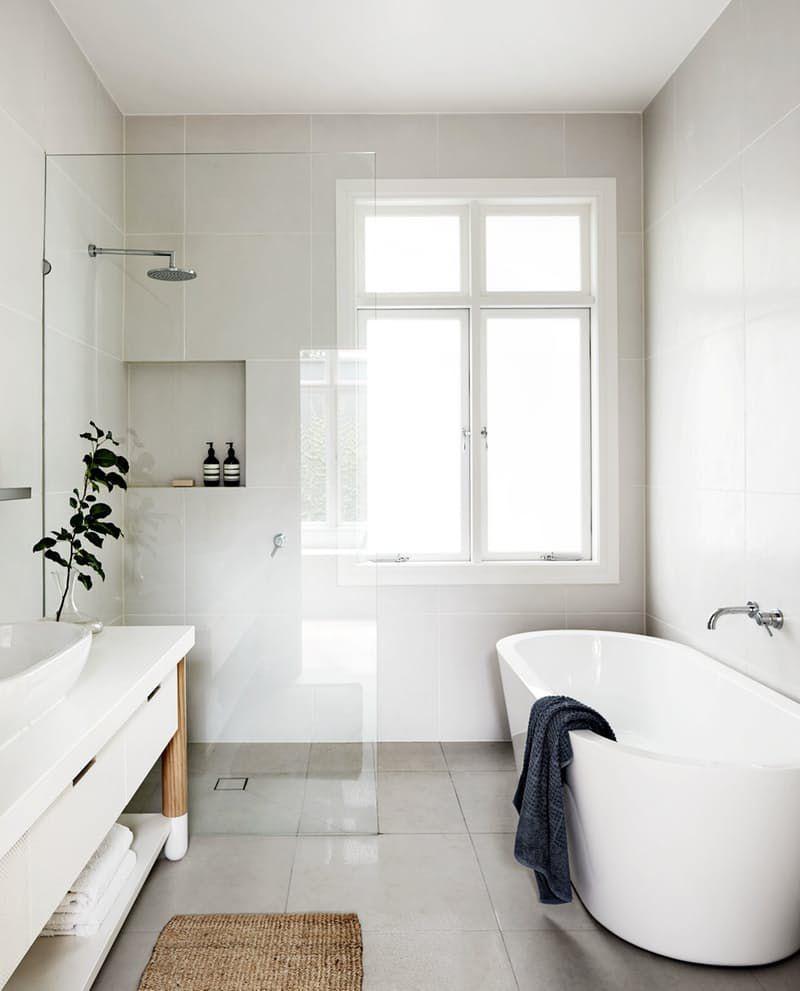 Kamar Mandi Putih Modern