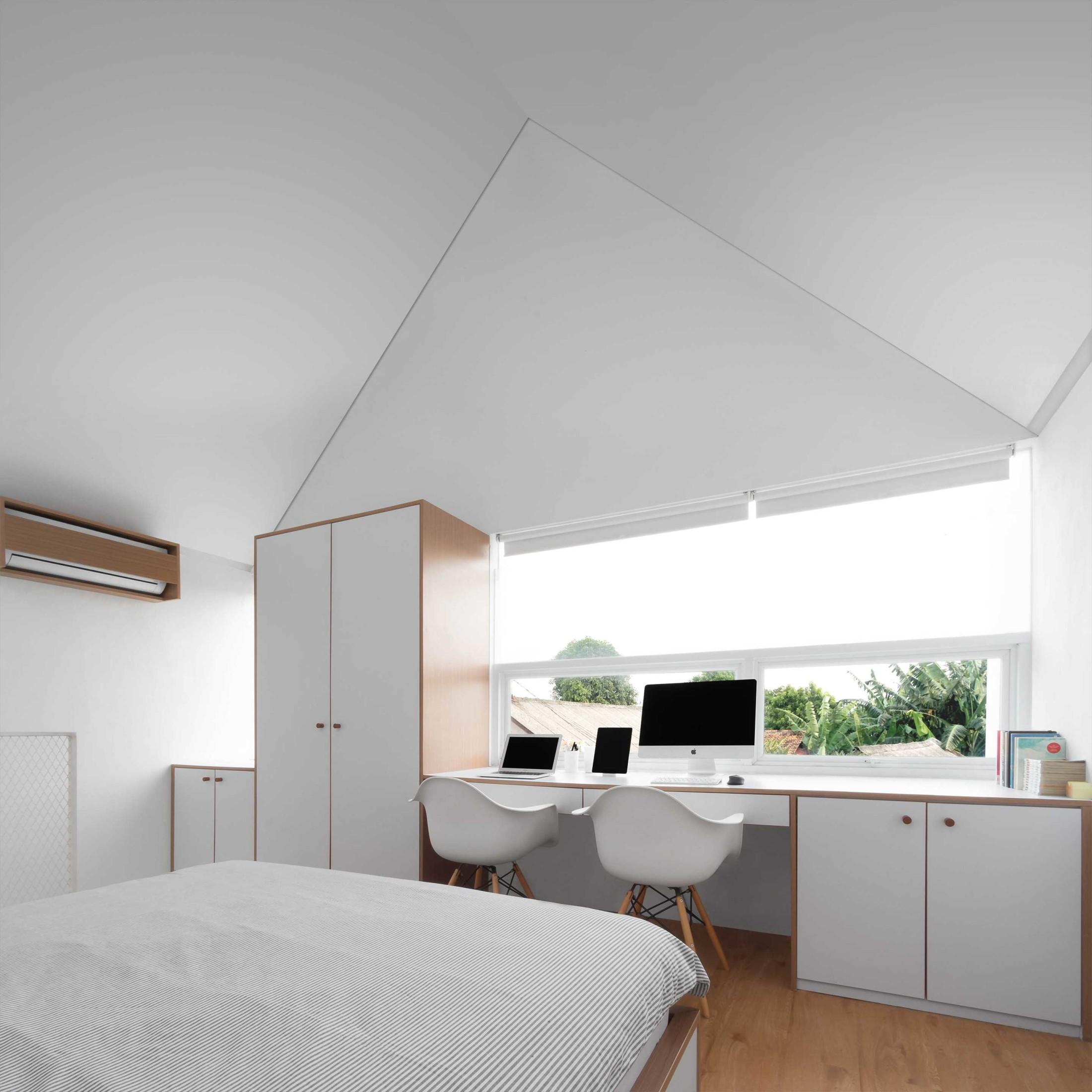 9. Pencahayaan Kamar Tidur Minimalis