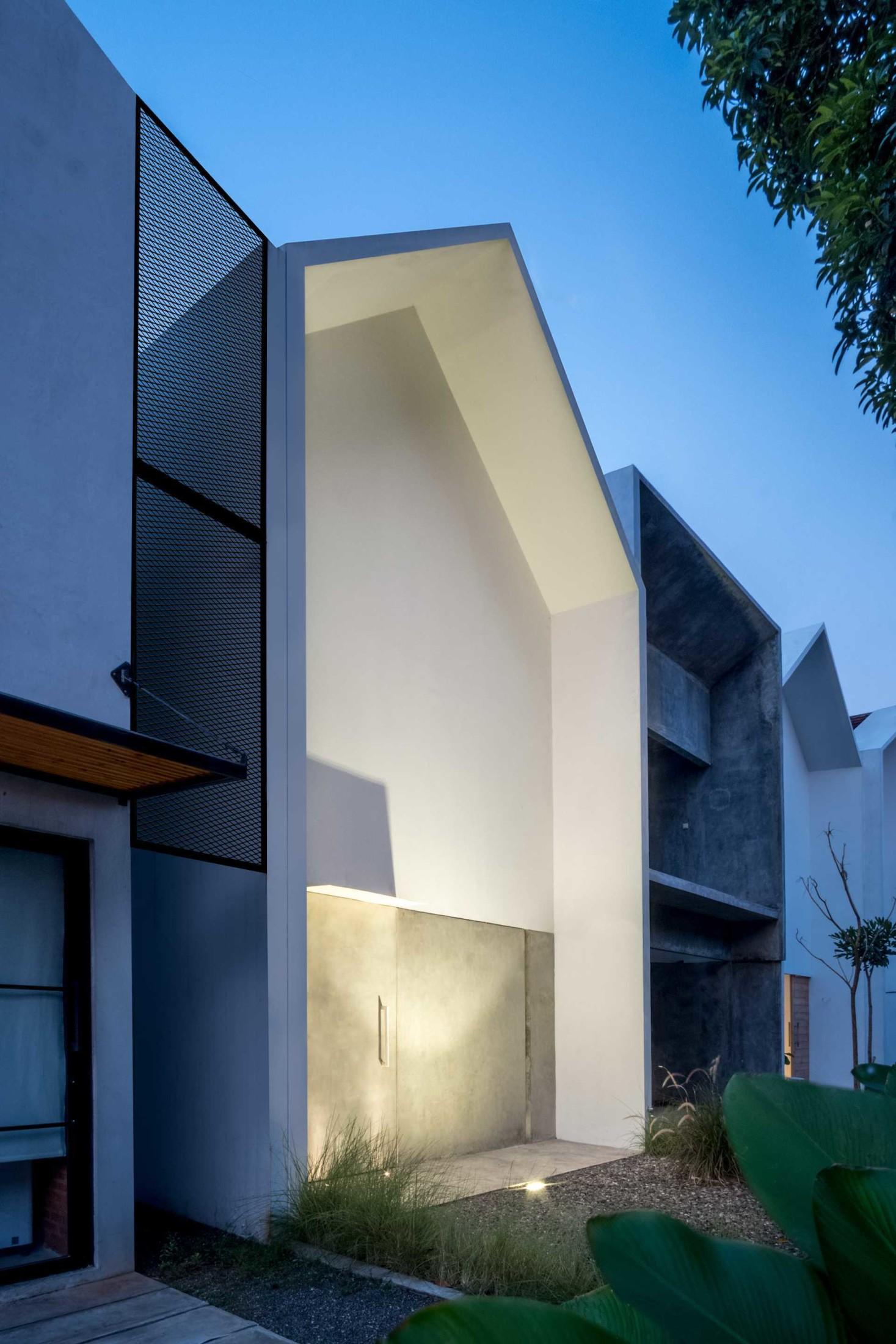 Baca juga: Jenis-jenis Tanaman Pelengkap Desain Interior Kekinian