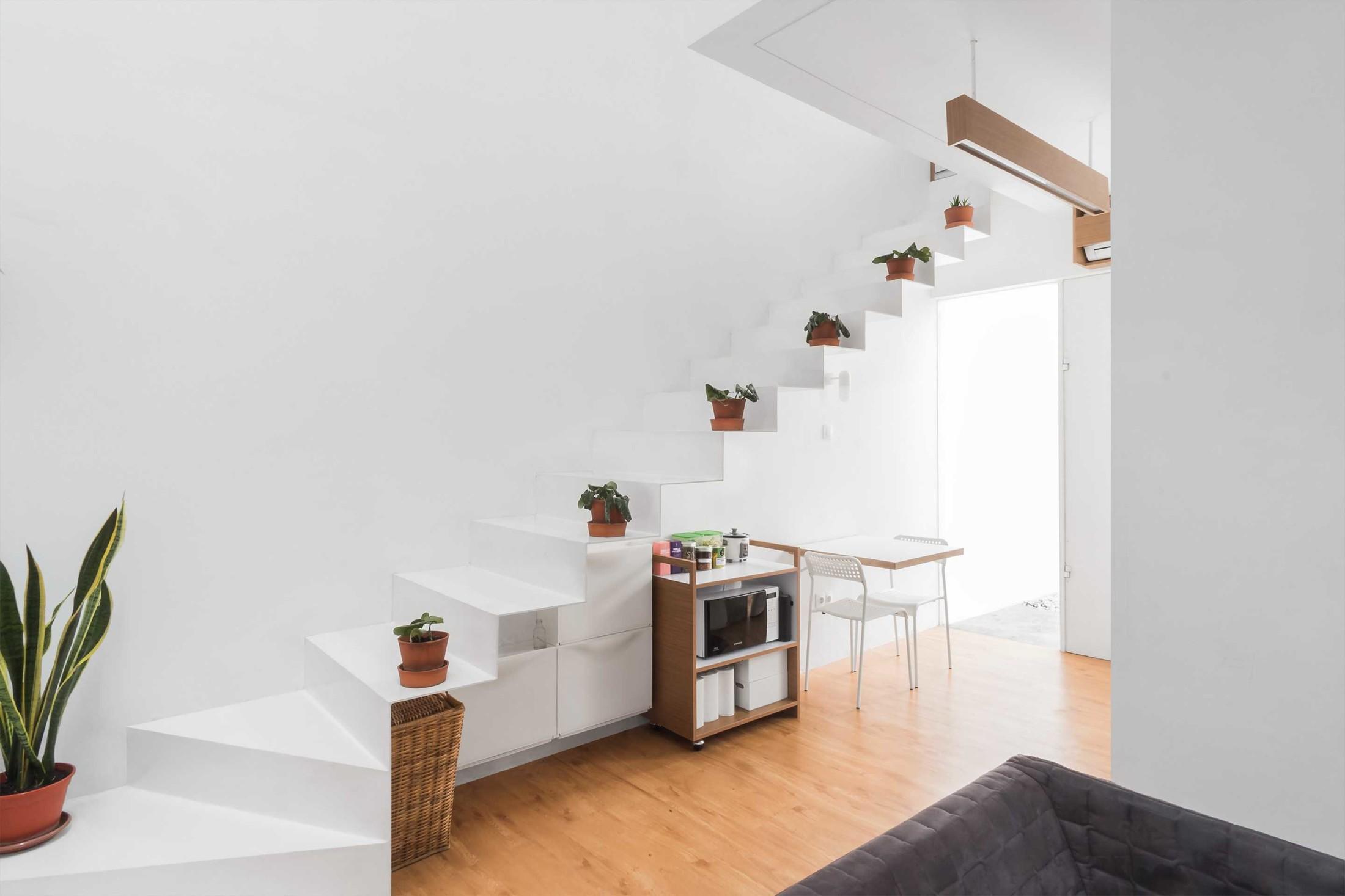 Rumah Minimalis Mungil Serba Putih Ala Dform Yang Penuh Ketenangan Arsitag