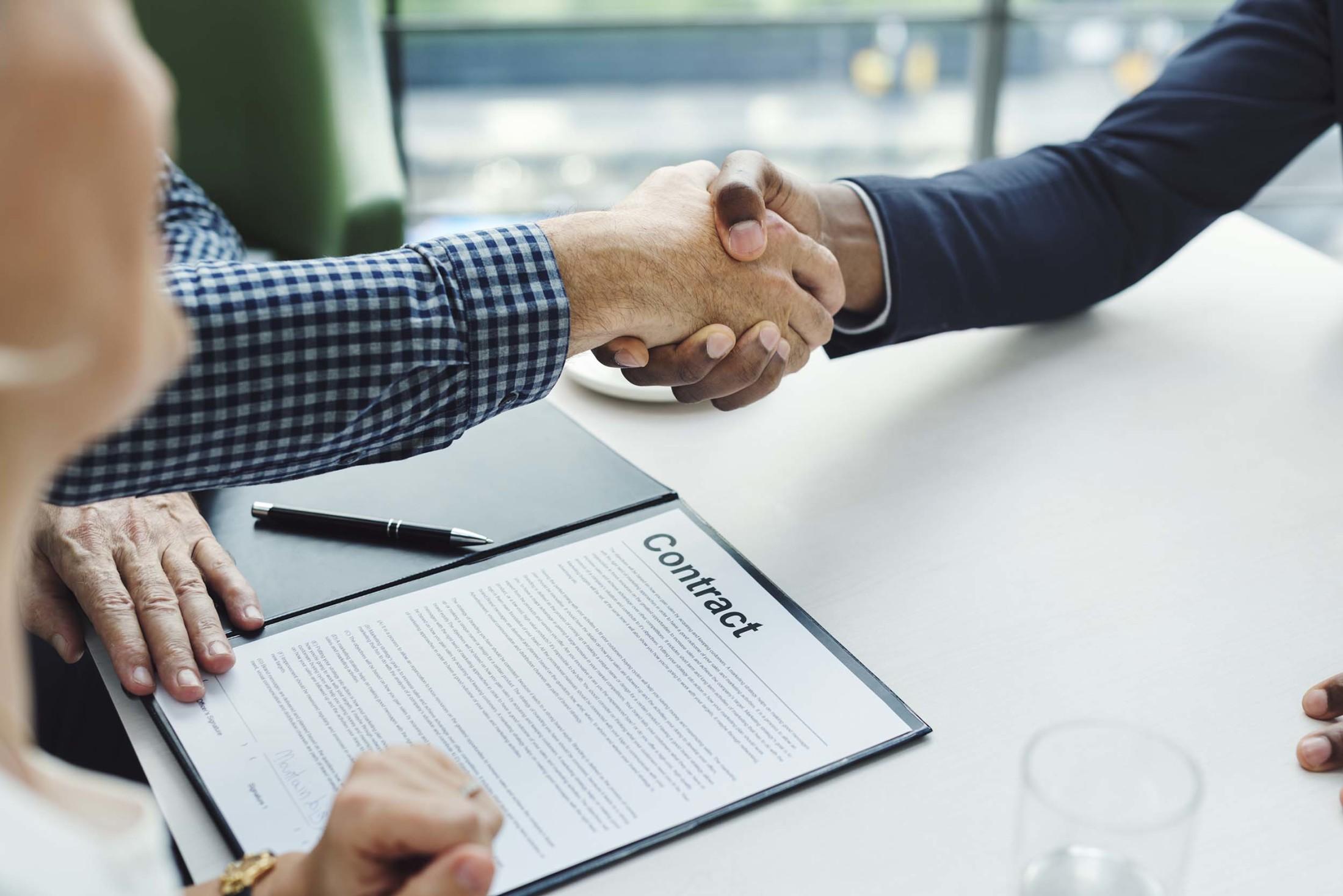 Surat Perjanjian Kerja yang Baik | Foto artikel Arsitag