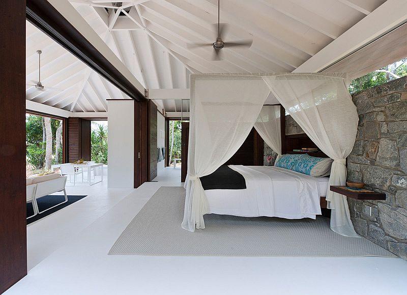 Kamar Tidur Open Plan dengan Nuansa Tropis