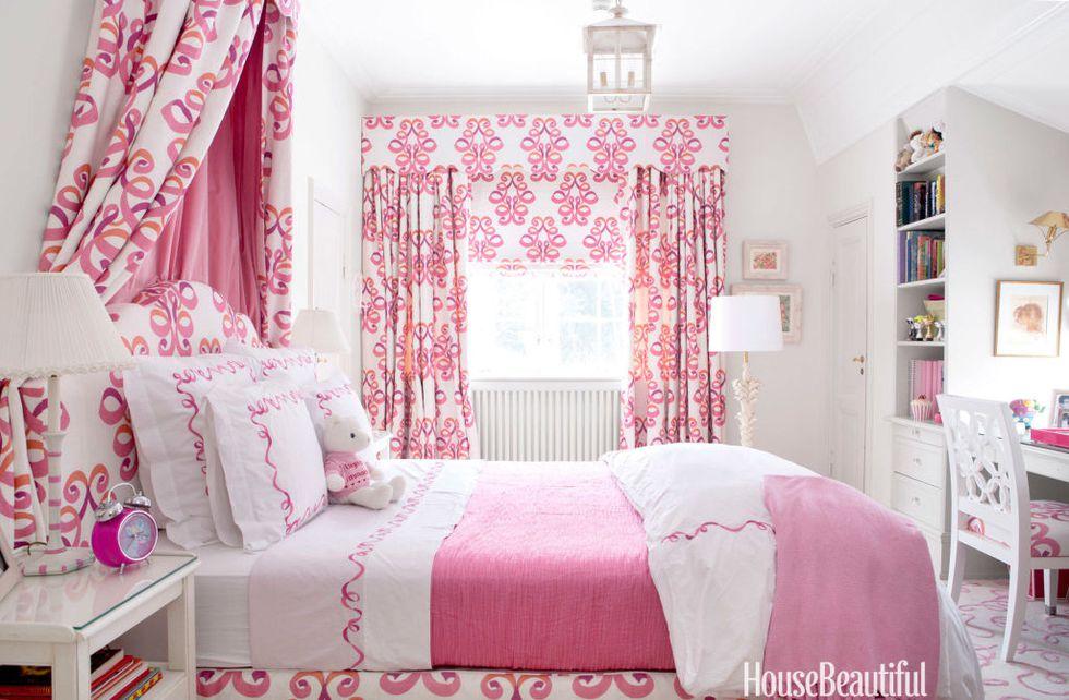 Kamar Tidur Pink yang Girly