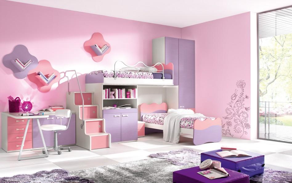 Kamar yang Ditata dengan Paduan Pink, Ungu dan Ungu Pastel