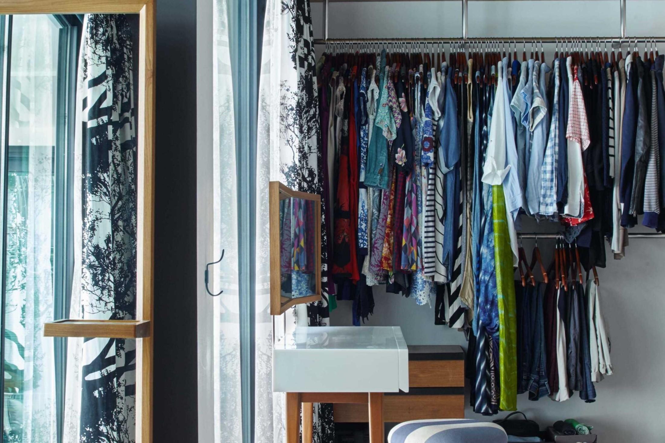 8 Inspirasi Desain Lemari Baju Keren Dalam Kamar Tidur Anda | Foto artikel Arsitag