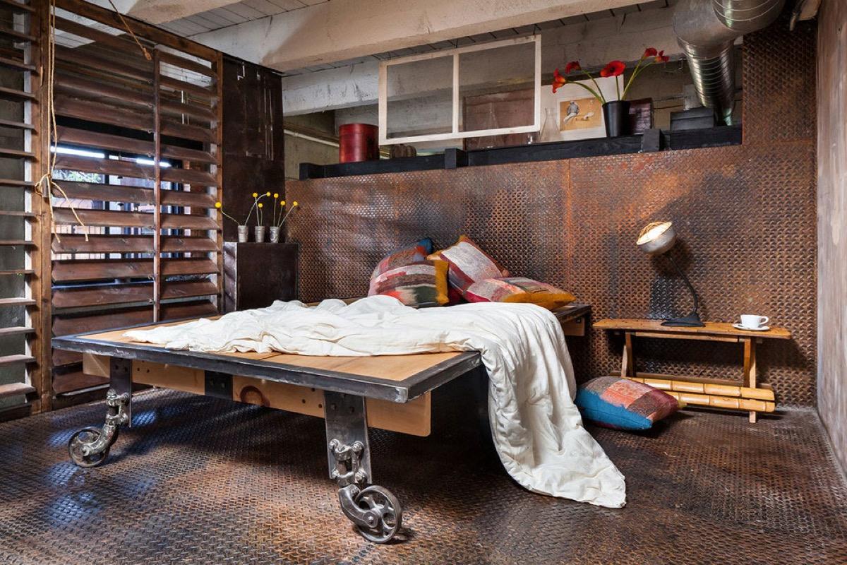 Inspirasi Kamar Tidur Keren Bergaya Industrial untuk Kaum Milenial | Foto artikel Arsitag