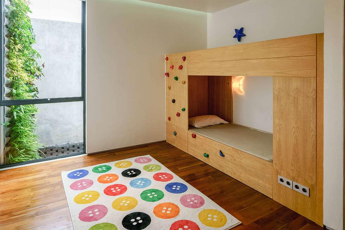 Kamar Tidur Anak dengan Desain Minimalis yang Ceria dan Nyaman (Sumber: arsitekrumahidaman.com)