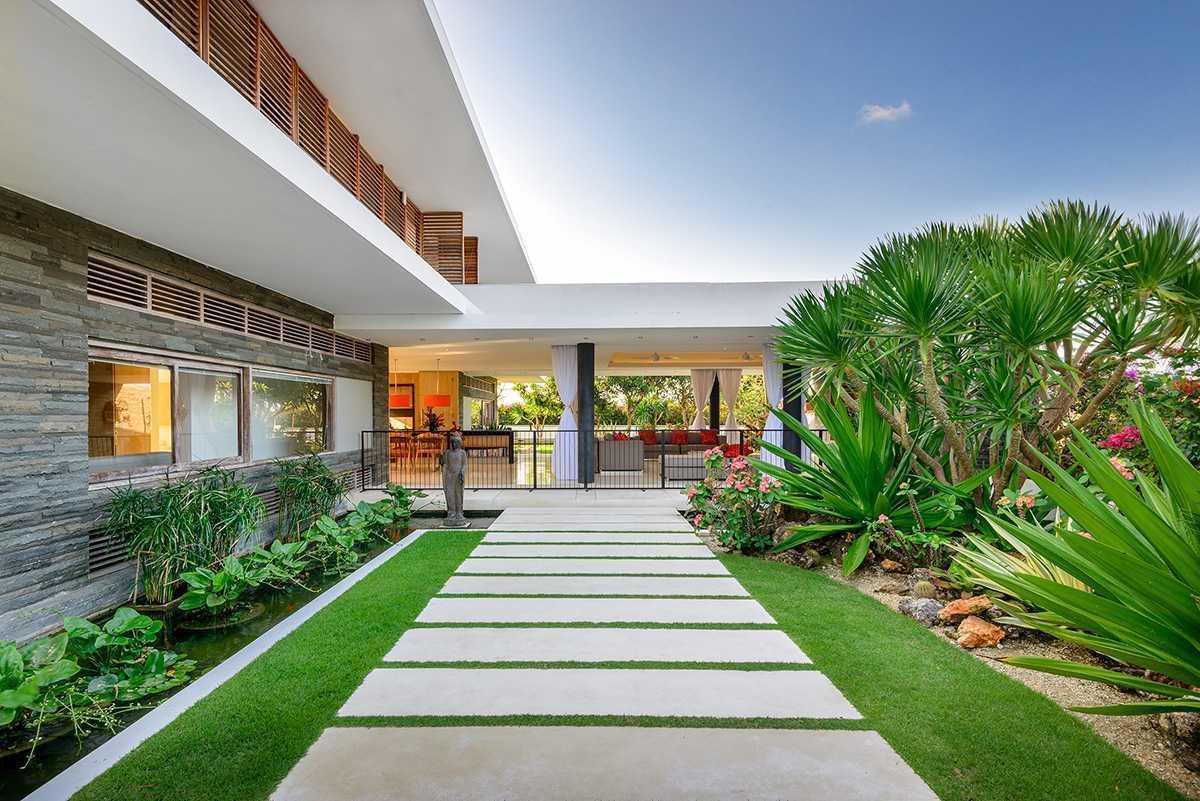 Villa Sempurna untuk Liburan di Bali dengan Desain Tropis Minimalis yang Memukau | Foto artikel Arsitag