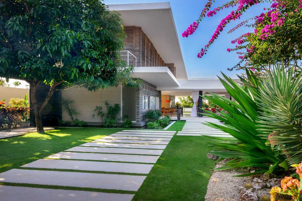 Aurora Villa berkonsep Minimalis Modern dengan Semangat Eco-Green (Sumber: arsitag.com)