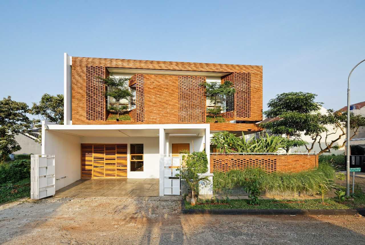 Konsep Green Architecture untuk Rumah Hemat Energi (Sumber: arsitag.com)