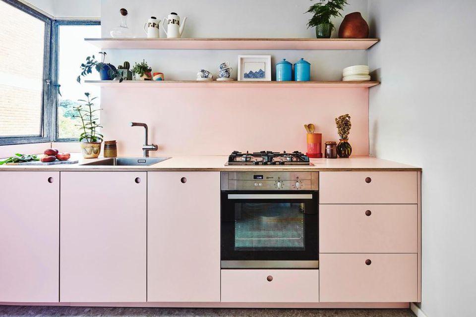 Masak Cantik Dengan Dapur Unik Warna Pink | Foto artikel Arsitag
