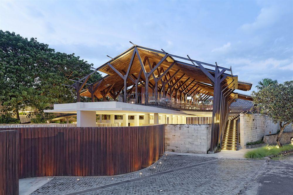 The Balé Nusa Dua: Desain Hotel Bali Kekinian Karya Studio TonTon yang Mempesona | Foto artikel Arsitag