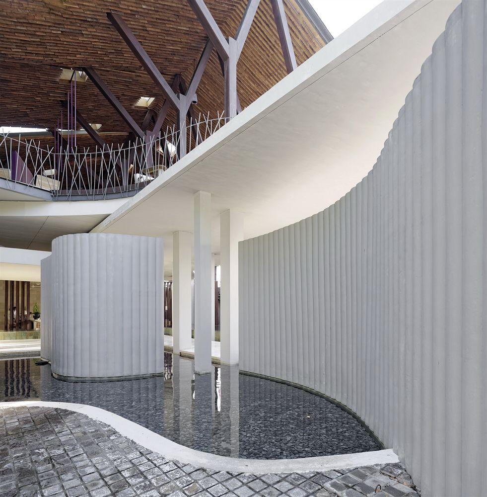 1. Konsep Desain Hotel The Balé Nusa Dua