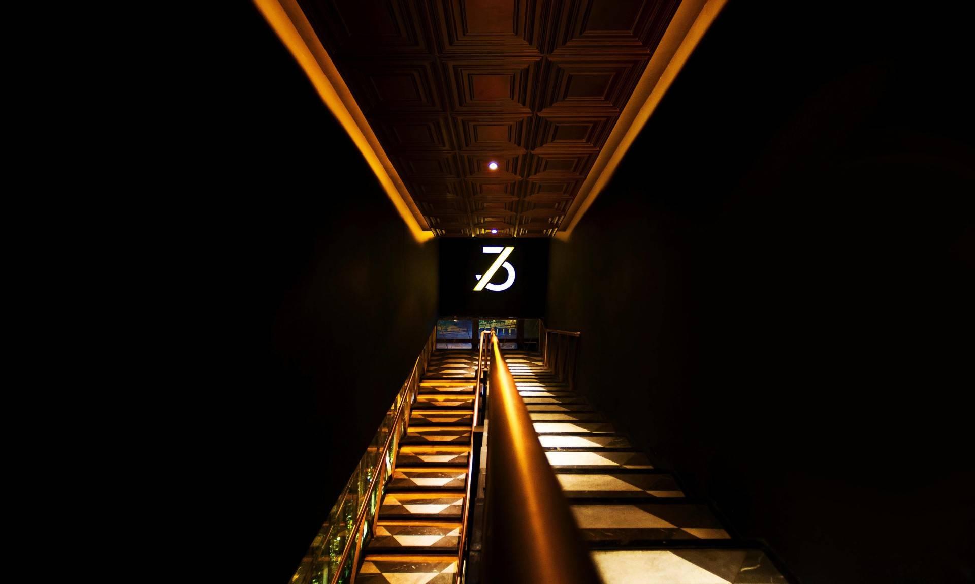 3rd Avenue Karya Einstein & Associates (Sumber: arsitag.com)