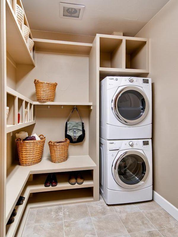 Tentukan peralatan yang Anda inginkan di dalam ruang laundry (Sumber: homedit.com)