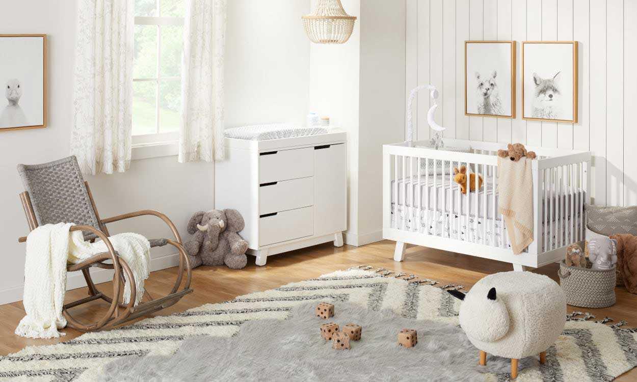 Desain kamar bayi mungil, via overstock.com