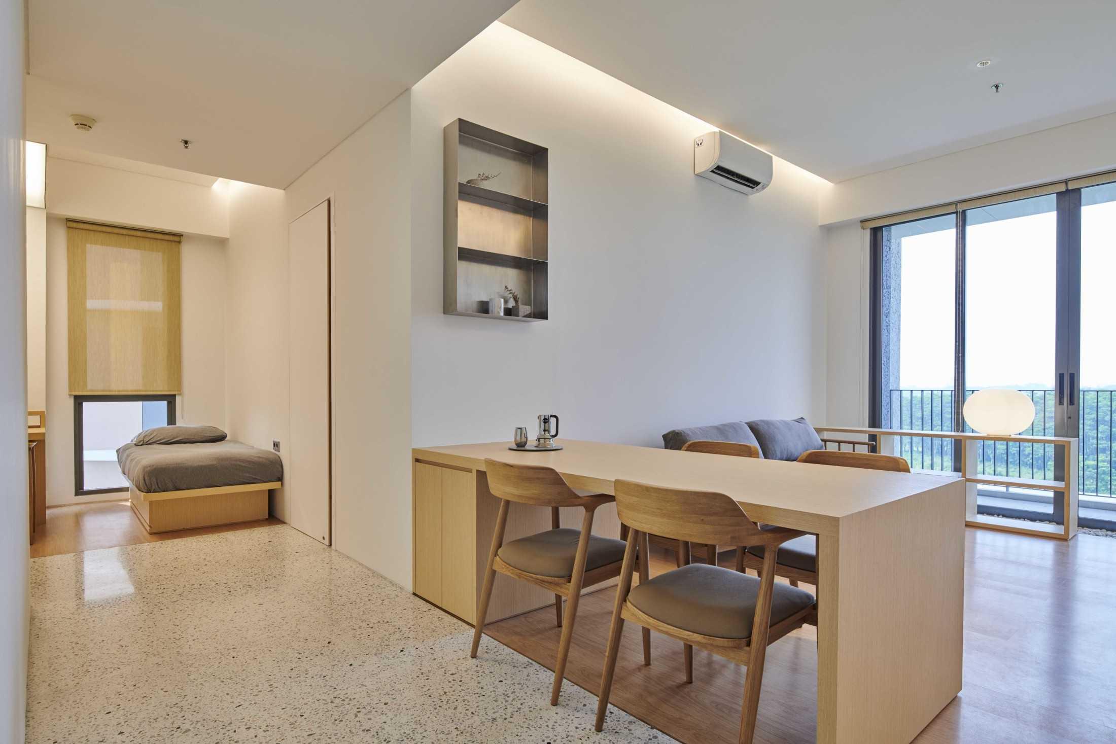 Pemilihan warna natural dan elegan, proyek Marigold Apartment karya Design Donk (Sumber: arsitag.com)