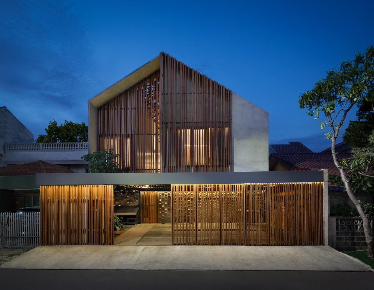 Perpaduan Kayu, Bata, dan Beton untuk Rumah Industrial Minimalis Super Keren | Foto artikel Arsitag