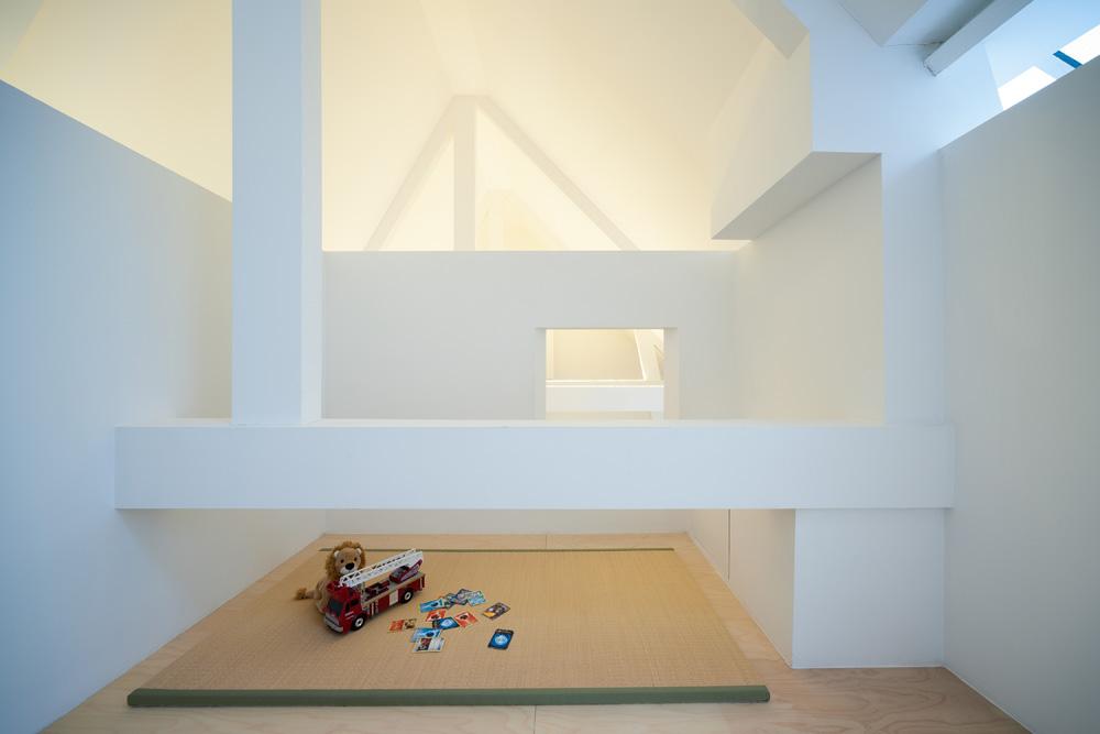 Area bermain anak (Sumber: home-designing.com)