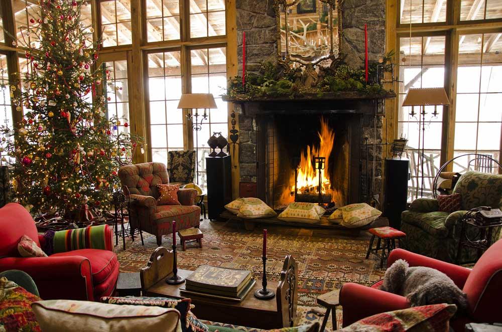 Menghadirkan nuansa rustic ke dalam rumah saat Natal tiba (Sumber: blog.canadianloghomes.com)