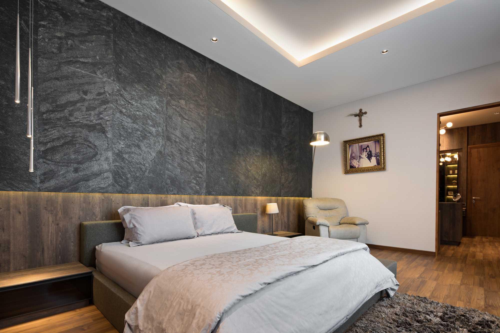 Kamar tidur utama B House karya Gohte Shafuji (Sumber: arsitag.com)