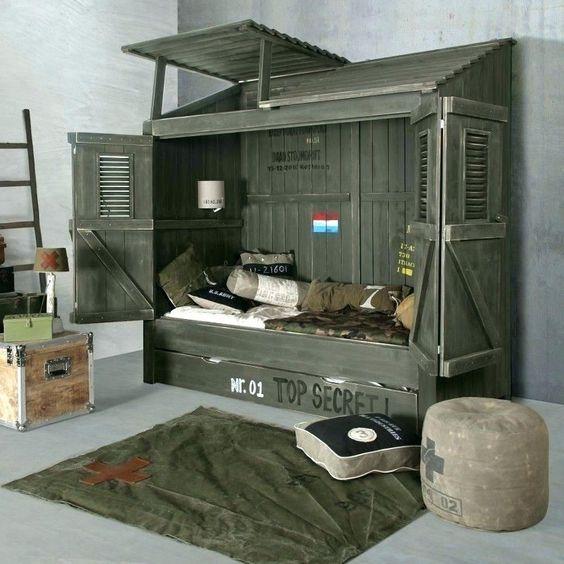 Tempat tidur bergaya army, via circlelamp.info