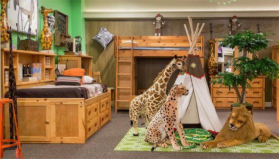 Kamar tidur dekorasi hutan dan binatang // homedesignlover.com